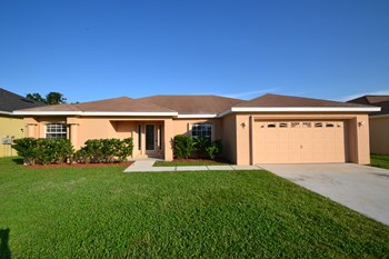 3482 Imperial Manor Wy 4 Beds House for Rent Photo Gallery 1