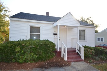 1908 Whitsett St 3 Beds House for Rent Photo Gallery 1