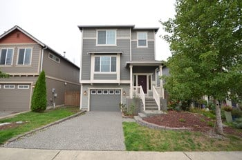 14402 49th Dr NE Unit 2 3 Beds House for Rent Photo Gallery 1