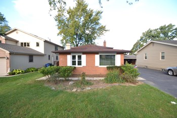 108 N Kenilworth Ave 3 Beds House for Rent Photo Gallery 1