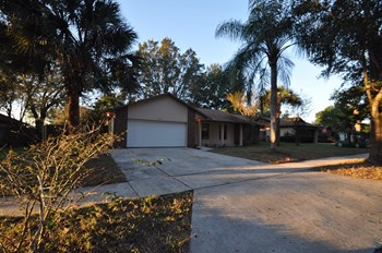 6750 Rubens Ct 4 Beds House for Rent Photo Gallery 1