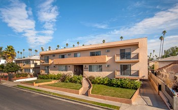 1550 N Harvard Blvd 1-2 Beds Apartment for Rent Photo Gallery 1