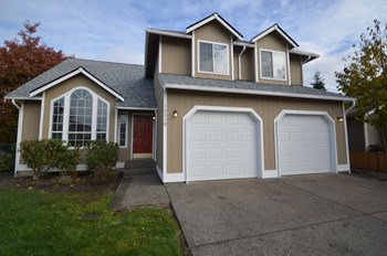 12318 SE 315th Place 4 Beds House for Rent Photo Gallery 1