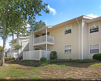 5880 Ridgewood Road 1-3 Beds Apartment for Rent Photo Gallery 1