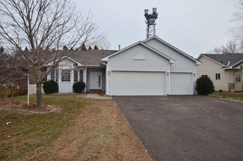 2337 Windsor Ln 3 Beds House for Rent Photo Gallery 1
