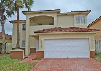16164 SW 55th Ter 3 Beds House for Rent Photo Gallery 1