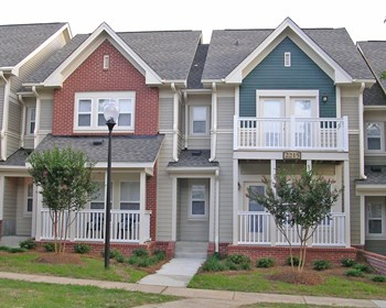 2305 Farmer Street 2-3 Beds Apartment for Rent Photo Gallery 1
