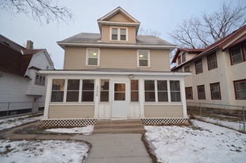 3336 5Th Ave S 4 Beds House for Rent Photo Gallery 1