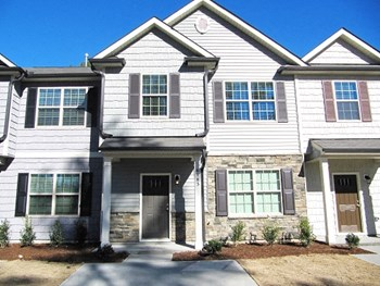 6183 Neuse Wood Drive 3 Beds House for Rent Photo Gallery 1