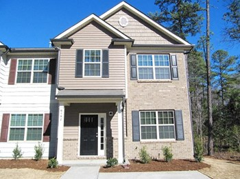 6187 Neuse Wood Drive 3 Beds House for Rent Photo Gallery 1