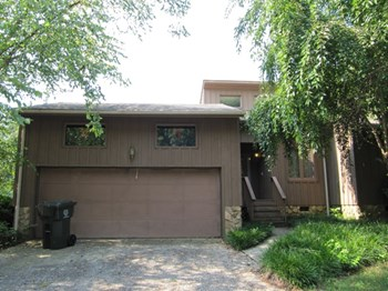 2924 Legging Lane 3 Beds House for Rent Photo Gallery 1