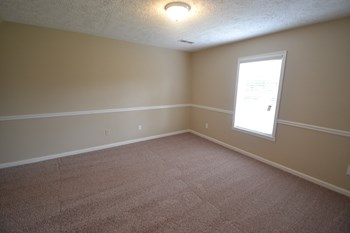 670 Allens Landing Dr 3 Beds House for Rent Photo Gallery 1