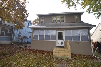 745 Oakdale Ave 3 Beds House for Rent Photo Gallery 1
