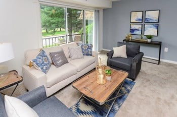 480-A Country Dr Studio-3 Beds Apartment for Rent Photo Gallery 1