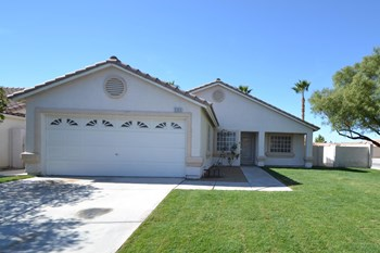 5333 French Lavender St. 3 Beds House for Rent Photo Gallery 1