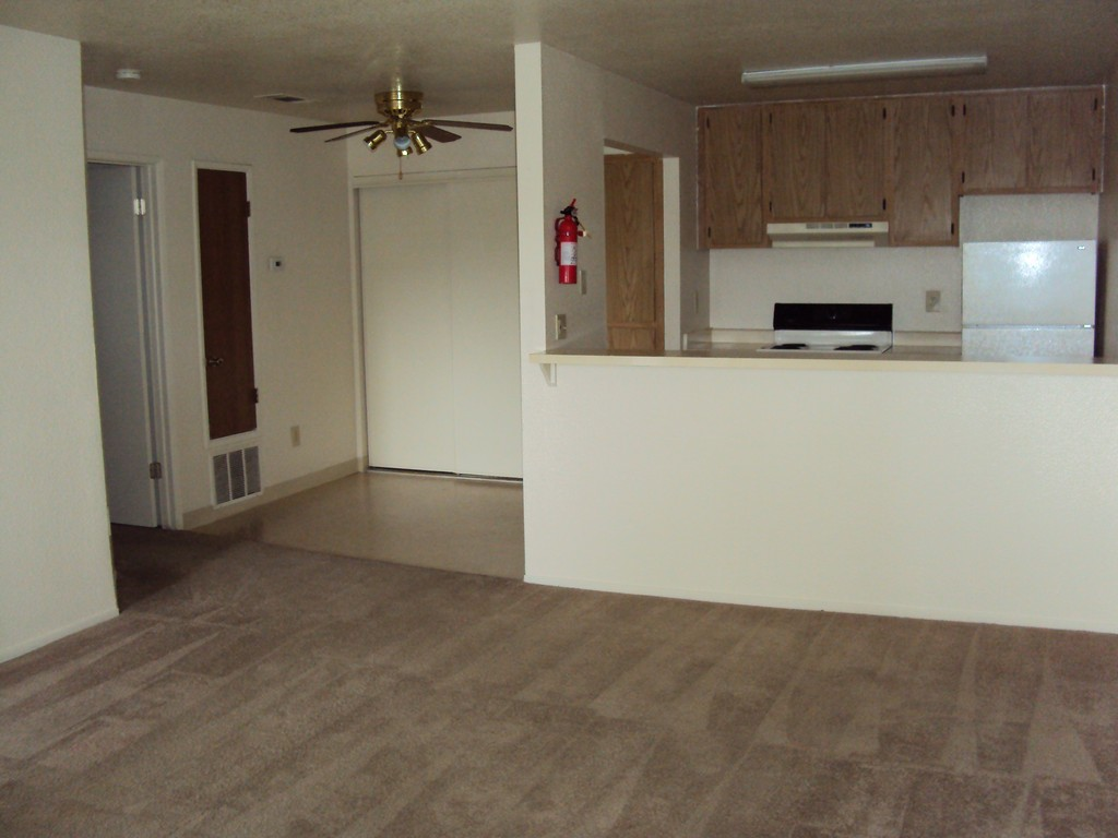 2901 Mary Ann Lane 1 2 Beds Apartment For Rent Photo Gallery 1