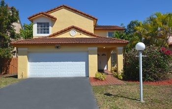 15115 Sw 108th Terrace 4 Beds House for Rent Photo Gallery 1