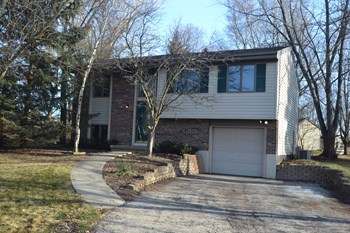 43W778 Fescue Ct 3 Beds House for Rent Photo Gallery 1