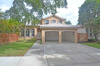 8393 SW 163rd Ct 4 Beds House for Rent Photo Gallery 1