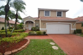 15250 Sw 51st Street 3 Beds House for Rent Photo Gallery 1