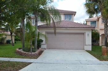 3148 SW 177th Ave 4 Beds House for Rent Photo Gallery 1