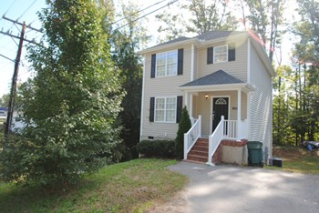 2611 Roxboro St S 3 Beds House for Rent Photo Gallery 1