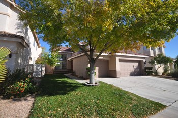 7804 Silver Plateau Ave 4 Beds House for Rent Photo Gallery 1