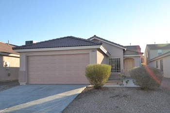 2550 Rosy Sunrise St 3 Beds House for Rent Photo Gallery 1