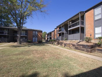 600 North Pointe Parkway 1-2 Beds Apartment for Rent Photo Gallery 1