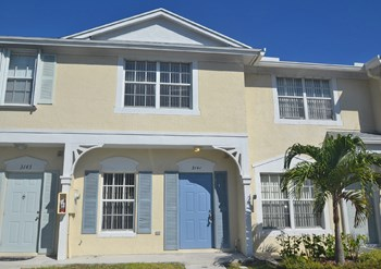 3141 SW 50th St 2 Beds House for Rent Photo Gallery 1