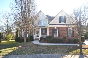 10621 Castlehill Dr 4 Beds House for Rent Photo Gallery 1