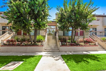 14248 Dickens Street 1-2 Beds Apartment for Rent Photo Gallery 1
