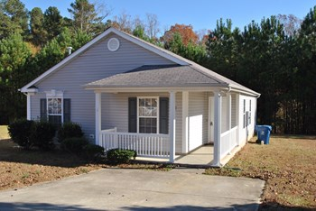 3709 Thornwood Dr 3 Beds House for Rent Photo Gallery 1