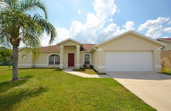 6643 Shepherd Oaks St 3 Beds House for Rent Photo Gallery 1