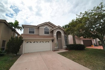 10908 La Salinas Circle 4 Beds House for Rent Photo Gallery 1