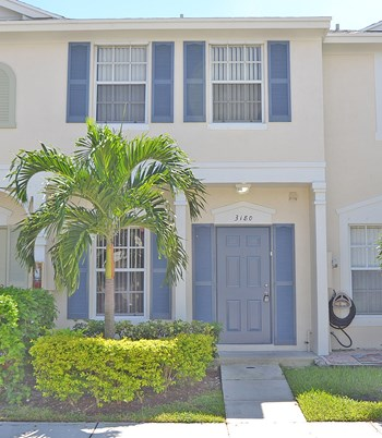 3180 SW 50th St 2 Beds Condo for Rent Photo Gallery 1