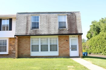 7570 Mount Whitney 3 Beds Townhouse for Rent Photo Gallery 1