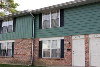 8213 Mount Carmel 2 Beds Townhouse for Rent Photo Gallery 1