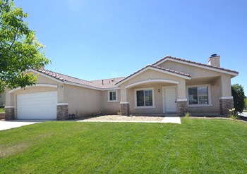 3878 Palm Dr 4 Beds House for Rent Photo Gallery 1