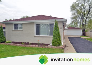 29 W Byron Ave 3 Beds House for Rent Photo Gallery 1
