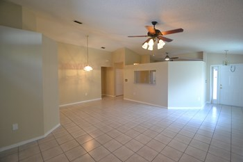 16553 Nw 22nd Street 3 Beds House for Rent Photo Gallery 1