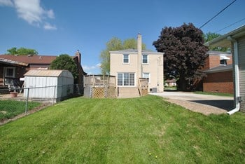 2131 Norfolk Ave 3 Beds House for Rent Photo Gallery 1