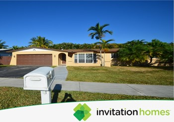 19750 Sw 84th Avenue 3 Beds House for Rent Photo Gallery 1