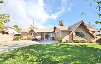 5353 Golondrina Drive 3 Beds House for Rent Photo Gallery 1