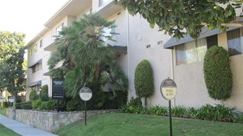 250 South Oak Knoll Avenue 1-3 Beds Apartment for Rent Photo Gallery 1