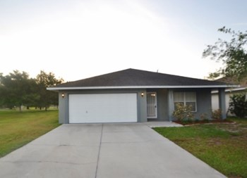 1305 Bayou Pass Dr 4 Beds House for Rent Photo Gallery 1