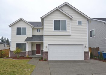 20346 Springbrook Rd Se 5 Beds House for Rent Photo Gallery 1