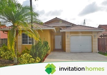 18270 Sw 143rd Court 3 Beds House for Rent Photo Gallery 1