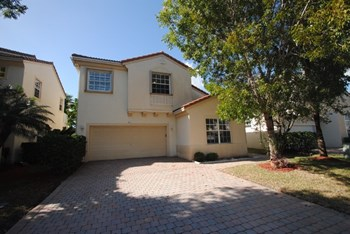 624 Nw 127th Avenue 3 Beds House for Rent Photo Gallery 1