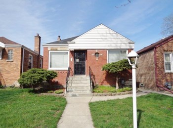 14230 S Union Ave 3 Beds House for Rent Photo Gallery 1